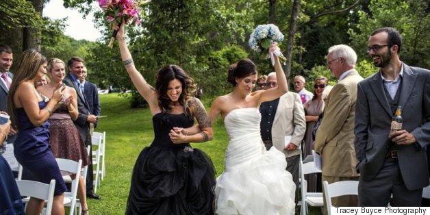 22 deslumbrantes do mesmo sexo casamento fotos que são tão cheio de amor