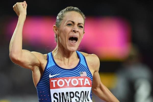 Jenny Simpson celebrates her 1500m silver at the IAAF World Championships London 2017 (Getty Images)