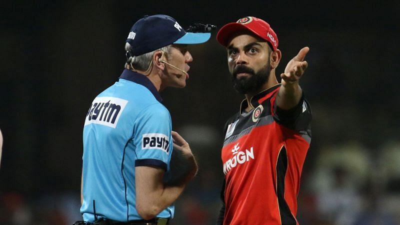 Nigel Llong had a heated conversation with Virat Kohli (Image courtesy - IPLT20.com/BCCI)