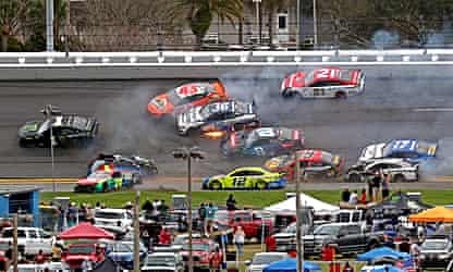 McDowell beats 100-1 odds for upset Daytona 500 win after six-hour delay