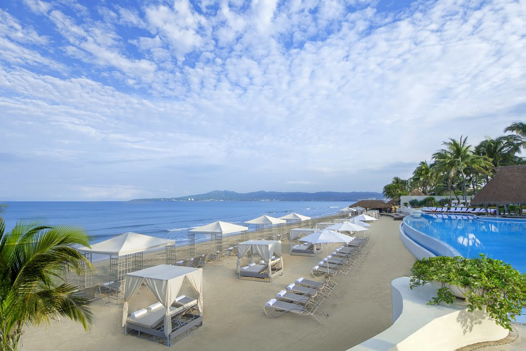 Grand Velas Riviera Nayarit also takes several steps to reducing its environmental impact