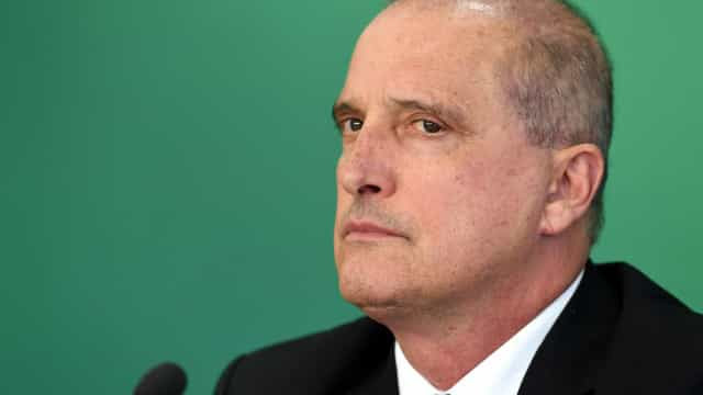 Governo avalia ampliar poder de Onyx com áreas de secretarias de Guedes e FGTS