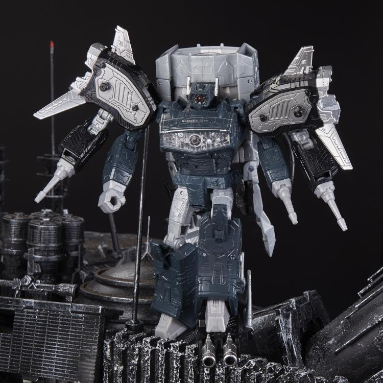 Image of Transformers Generations Selects Leader Shockwave (80's Radio Shack Ver.) - Exclusive
