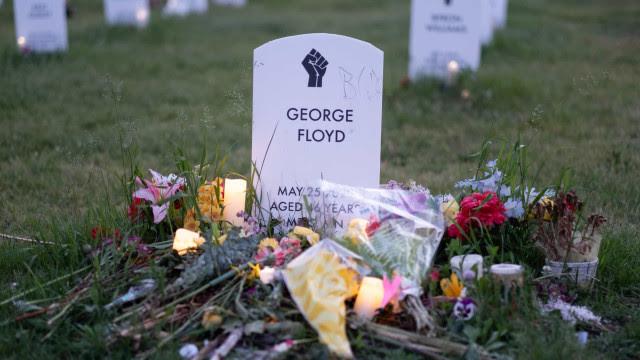 No aniversário de um ano da morte de George Floyd, família cobra reforma policial