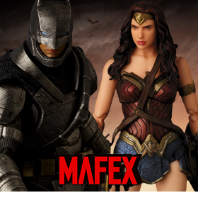BATMAN VS SUPERMAN MAFEX FIGURES