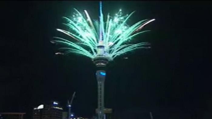 VIDEO. La Nouvelle-Zélande célèbre (déjà) l'année 2017 avec un feu d'artifice géant