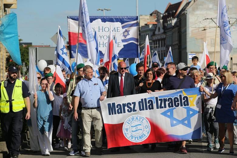 W niedzielne popołudnie przez centrum Wrocławia przeszedł Marsz dla Izraela