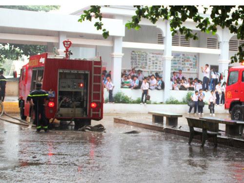 cháy, trường học, hoảng loạn, Đồng Nai