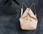 minimal rucksack black