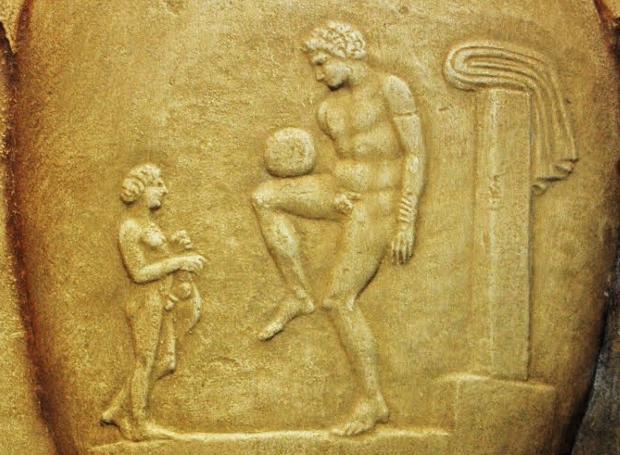 Αποτέλεσμα εικόνας για Ποδόσφαιρο στην αρχαία ελλάδα