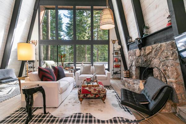 1609 Deer Path Truckee CA-002-028-Living Room-MLS_Size