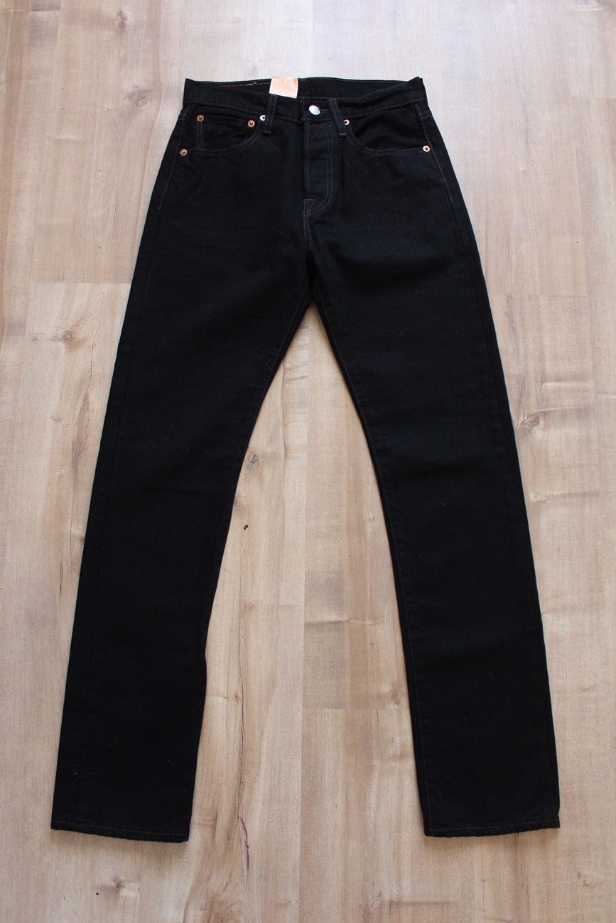 NEW WITH TAGS VINTAGE LEVI'S 501 DENIM JEANS - SIZE 6