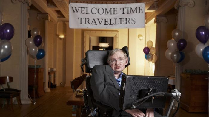 Les voyageurs du futur attendus par le physicien Stephen Hawking