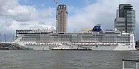 Rotterdam cruiseschip Norwegian Epic.jpg