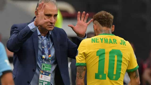 Tite aponta Brasil em 'alto nível' e elogia atuações de jogadores
