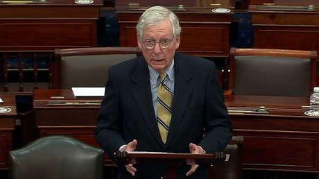 """El líder republicano en el Senado culpa a Trump de """"vergonzosa negligencia"""" tras votar a favor de su absolución"""