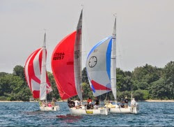 J/27s sailing North Americans