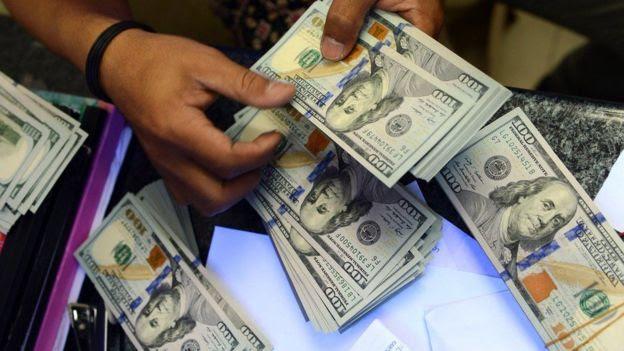 Brasileiro preso com US$ 20 milhões debaixo do colchão se declara culpado em fraude bilionária
