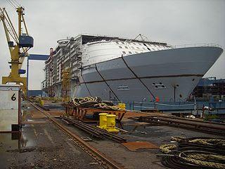 Connaitre la mer et les navires - chroniques et actu - Page 2 Cruise-ship-building