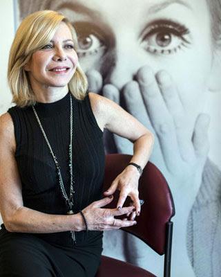La actriz argentina Cecilia Roth, galardonada con el premio Mikeldi de Honor del Festival Internacional de Cine Documental y Corto de Bilbao, Zinebi.