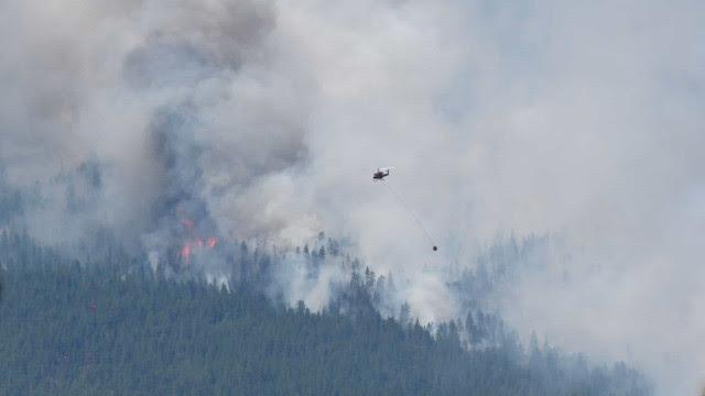 Após onda de calor, incêndio 'engole' vila histórica do Canadá