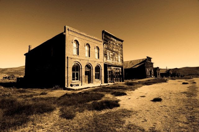 3 True Creepy Ghost Town Ghost Stories