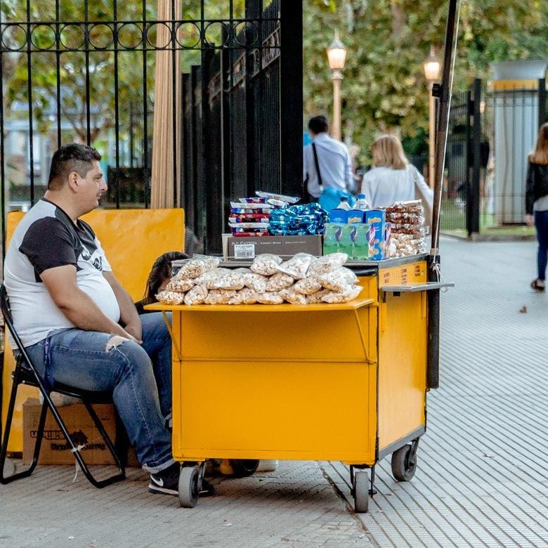 Vendedor en la calle. © Banco Mundial