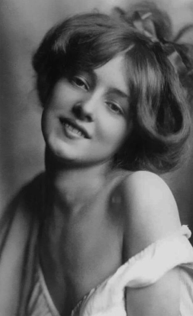 Красавицы начала XX века,- Эвелин Несбит (1884-1967)