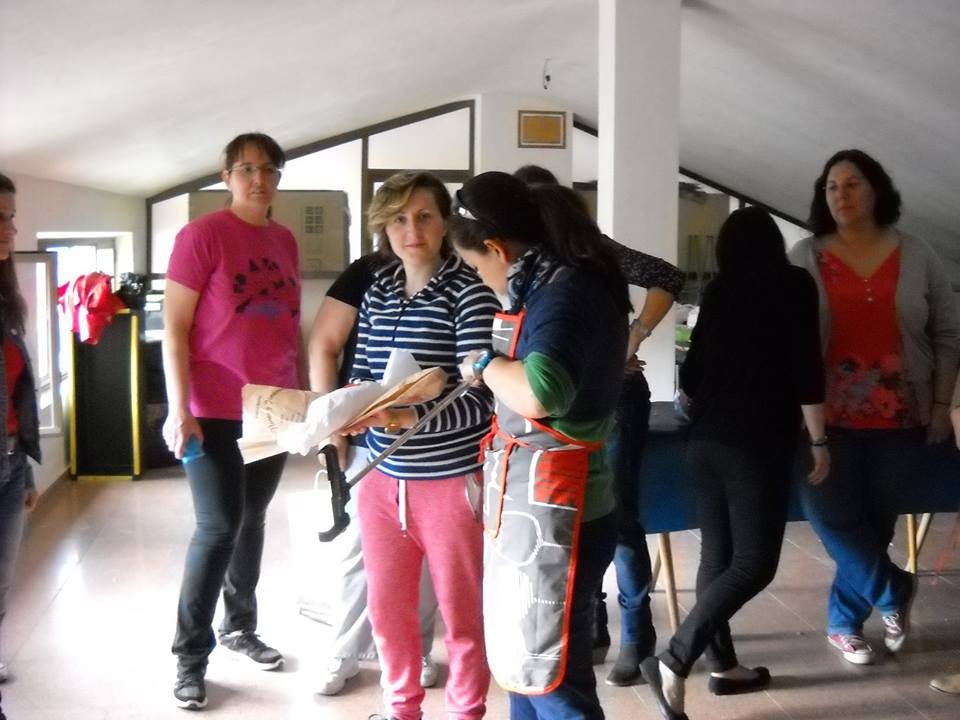 http://www.accionverapaz.org/images/accionverapaz/proyectos/bocata_solidario_2015/Bocata_solidario_3.jpg