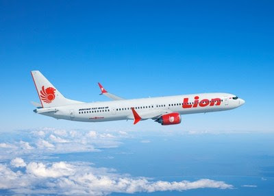 Boeing and the Lion Air Group today announced the airline purchased 50 of Boeing's new 737 MAX 10 airplane, which will be the most fuel-efficient and profitable single-aisle jet in the aviation industry. This rendering shows the airplane in the carrier's livery. (Boeing illustration)