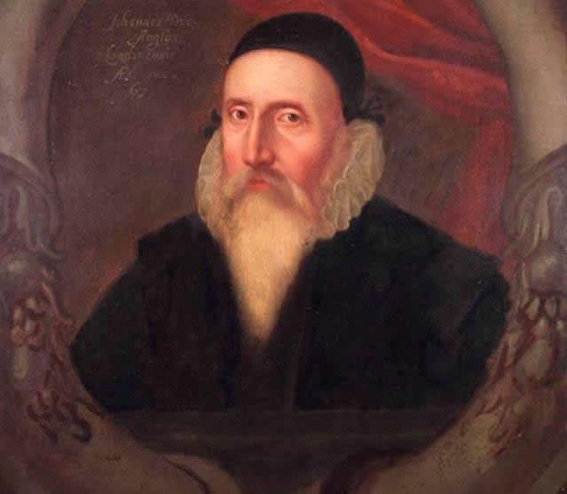 Retrato de John Dee pintado en el siglo XVI por un artista descon ocido, del National Maritime Museum de Greenwich