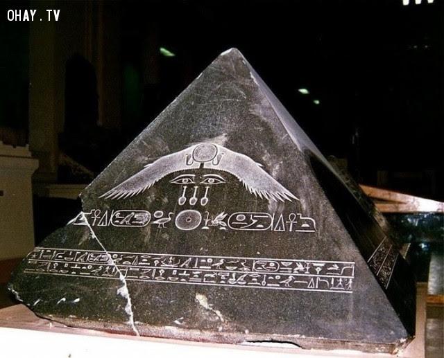 6. Đỉnh của một kim tự tháp trông sẽ như thế nào?,Những điều thú vị trong cuộc sống,có thể bạn chưa biết