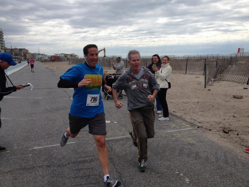 5k run sports exercise beach jogging