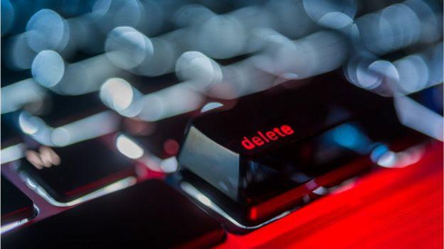 Botão de delete em teclado do computador
