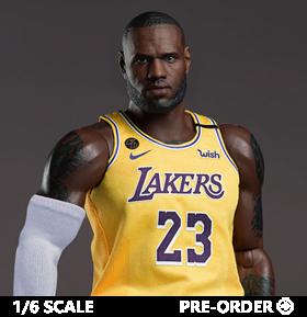 NBA Real Masterpiece LeBron James (Lakers Home) 1/6 Scale Figure