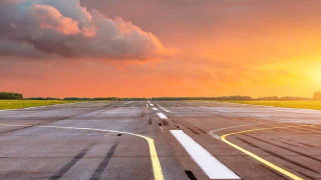 Governo federal arrecada R$ 3,3 bilhões com leilão de 22 aeroportos