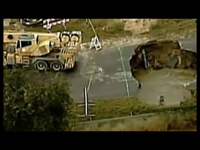 Deadly Sinkhole Swallows Texas Deputy, Injures Others  Sddefault