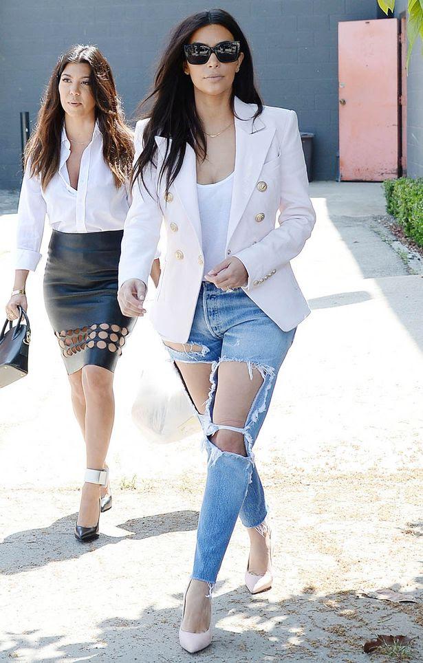 Kim Kardashian, Moesha Boudon, Fashion, Designer wear, Dress, Clothing, Butik, Fashion Magazine, Models, Teenage, Slay Queen, Make Up, Event, Gym Wear, Sports Wear, Leggers,