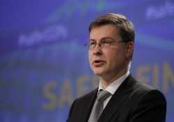 Ντομπρόβσκις: Στόχος μας να μειωθεί το brain drain
