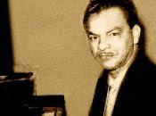 Cuando se habla de pianos asociados al son montuno y también a la salsa se hace imprescindible mencionar a Luis Martínez Griñán, menos visible que Eddie Palmieri, Frank Fernández, Chucho Valdés o Enrique Papo Lucca, pero maestro de ellos y de muchos más pianistas que acometen desde las blancas y las negras el sabor del Caribe.