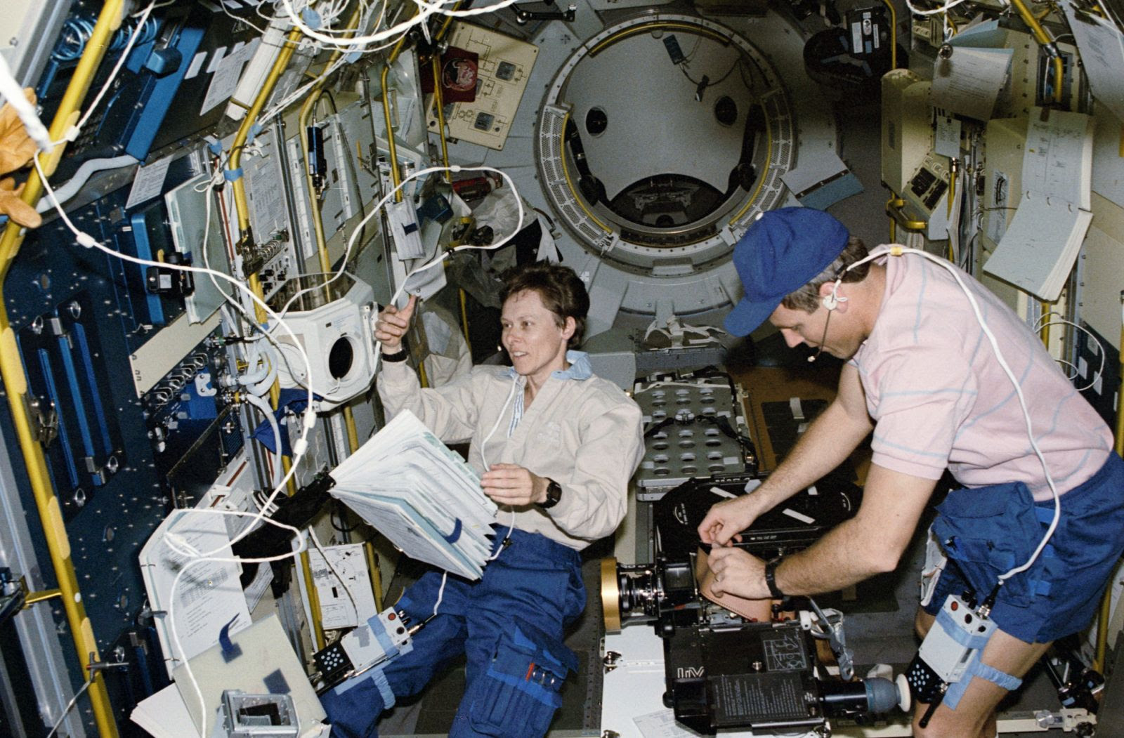 Roberta Bondar studies the human body in space