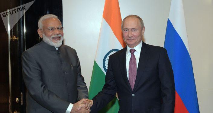 El primer ministro indio, Narendra Modi,  y el presidente ruso, Vladímir Putin
