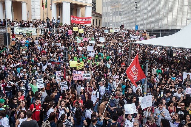 Día Nacional en Defensa de la Educación ocurrió el 15 de mayo en diversas capitales brasileñas  - Créditos: Rosane Lima