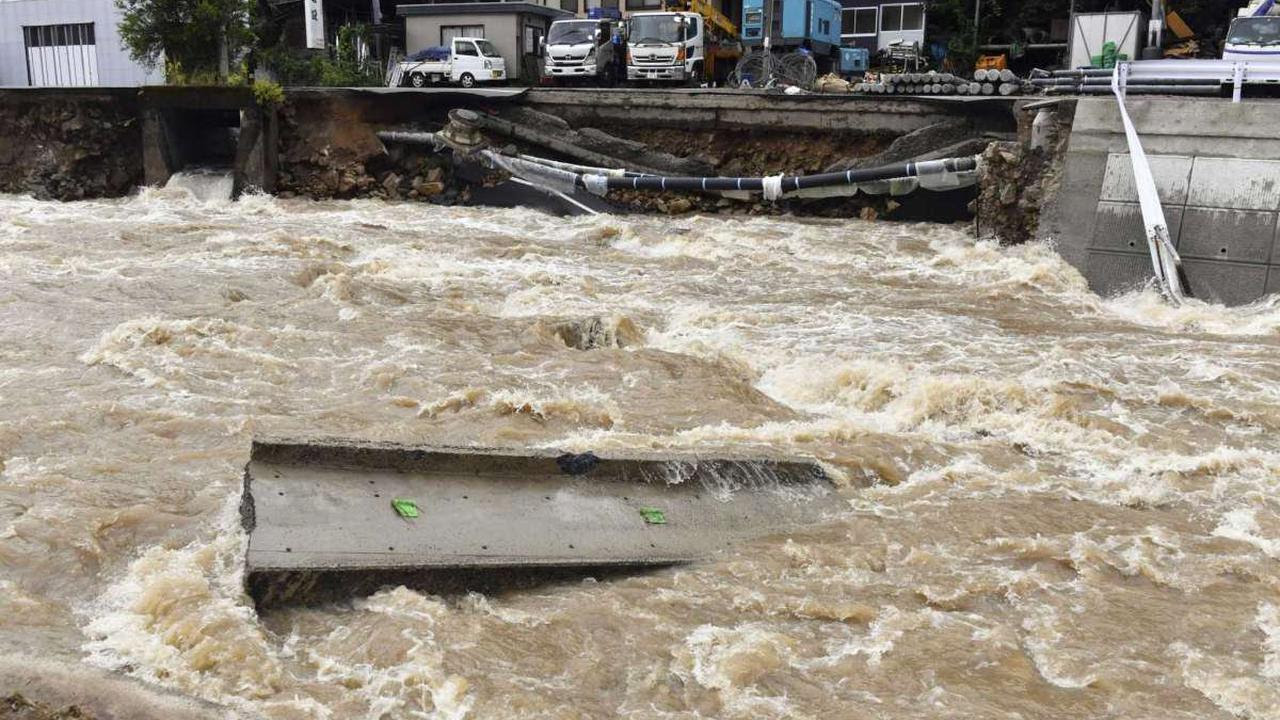 Severe flooding in the Southwestern US leaves two dead