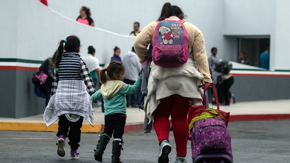 Migrantes en la frontera de Tijuana