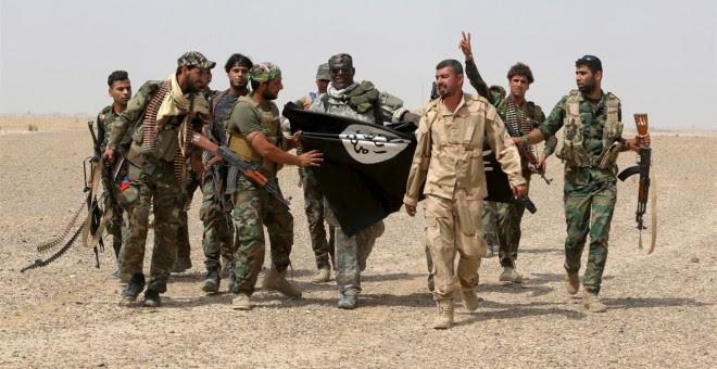 Soldados del Estado Islámico. REUTERS