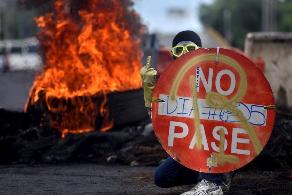 Protestas en Cali contra las políticas económicas de Duque y la violencia policial.
