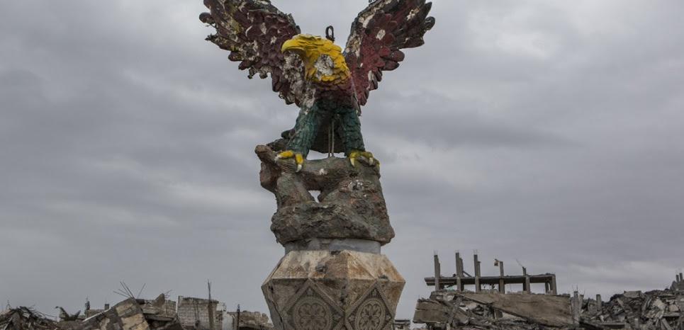 Une vue de la ville de Kobané (Syrie) ravagée par les combats entre l'Etat islamique et les combattants kurdes (LAURENCE GEAI/SIPA)