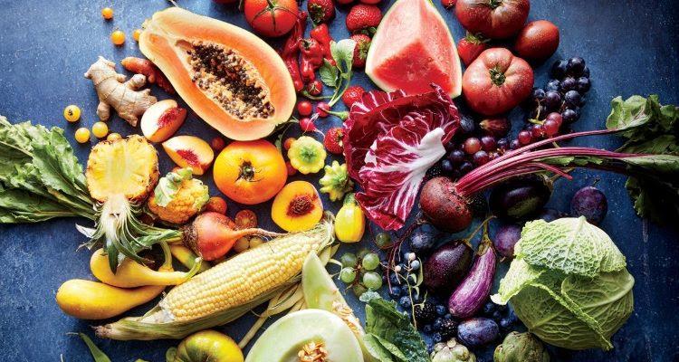 """Kiên trì ăn """"5 màu thực phẩm"""" mỗi ngày: 70 tuổi cứ như 50 tuổi"""