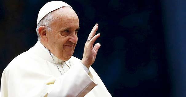 papa francisco vigilia oracion es mejor medicina contra sufrimiento